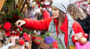 Świąteczna sonda. jak użytkownicy patform e-commerce kupują prezenty świąteczne?