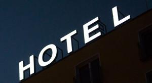Hotelowy rollercoaster. 12 miesięcy z życia branży
