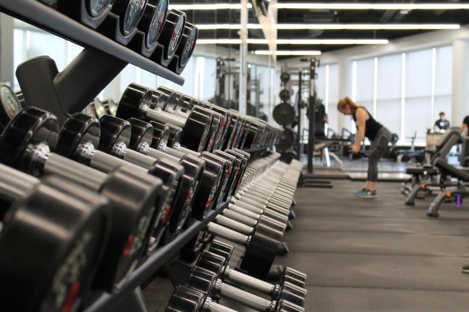 Cztery siłownie otwarte pomimo zakazu