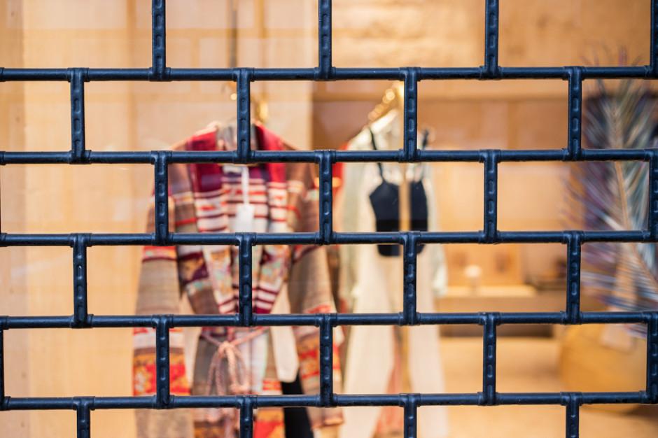 Rząd rozważa otwarcie galerii handlowych