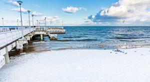 Plaże też opustoszały. Nadmorskie miejscowości apelują o równe traktowanie