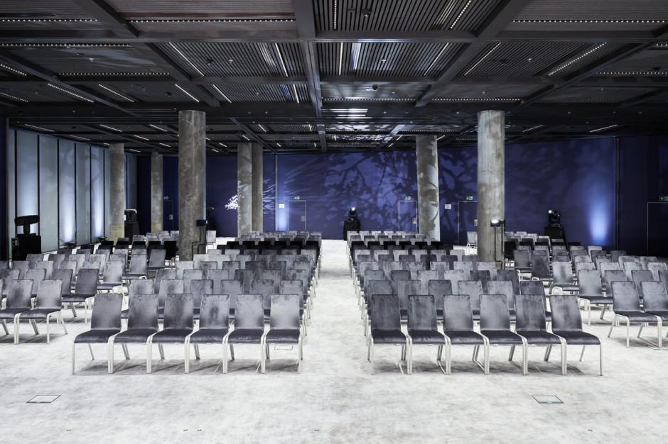 Czy potrzebujemy jeszcze sal konferencyjnych?