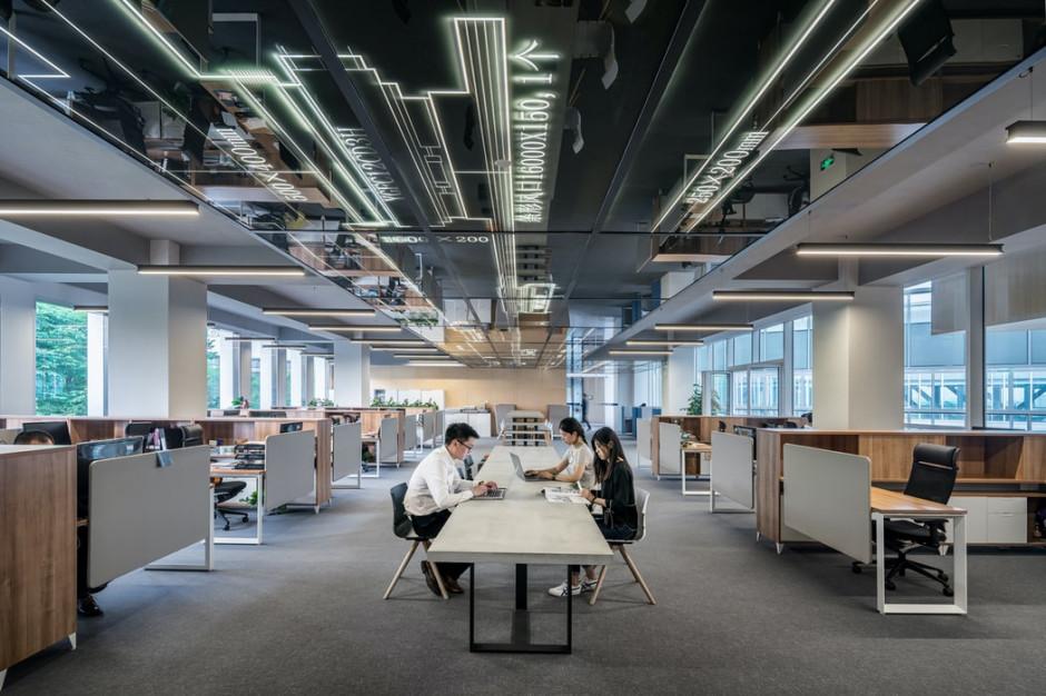 Ile kosztuje wykończenie powierzchni biurowej? Zobacz prognozy firmy fit-outowej