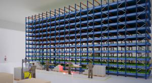 Plantacja sałaty i jesiotra w magazynach Hillwood Kutno