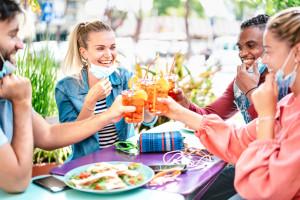 Warszawskie restauracje na sprzedaż. Gdzie szukać dobrych okazji?