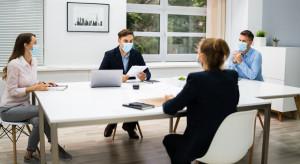 Kiedy powrót do biur? Dylematy pracodawców nie mają granic