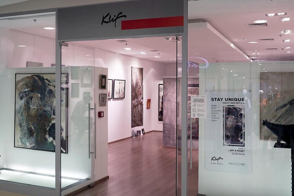 Dom Mody Klif wspiera artystów