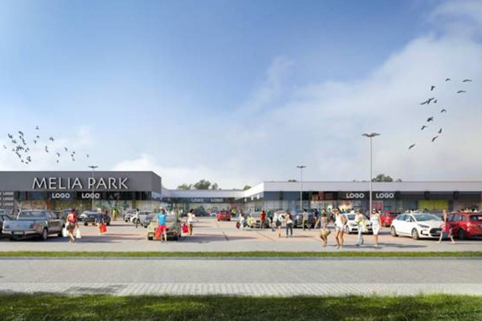 Jeszcze przed otwarciem park handlowy w Ostrowi w pełni skomercjalizowany