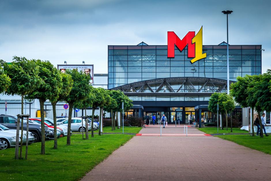 Kino samochodowe w Centrach Handlowych M1