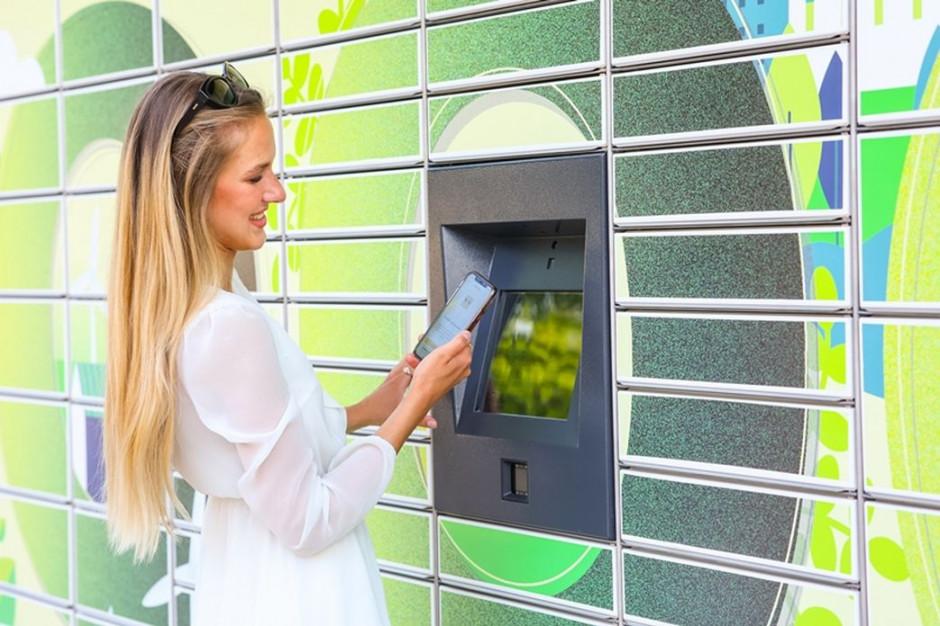 InPost startuje z paczkomatami zasilanymi zieloną energią