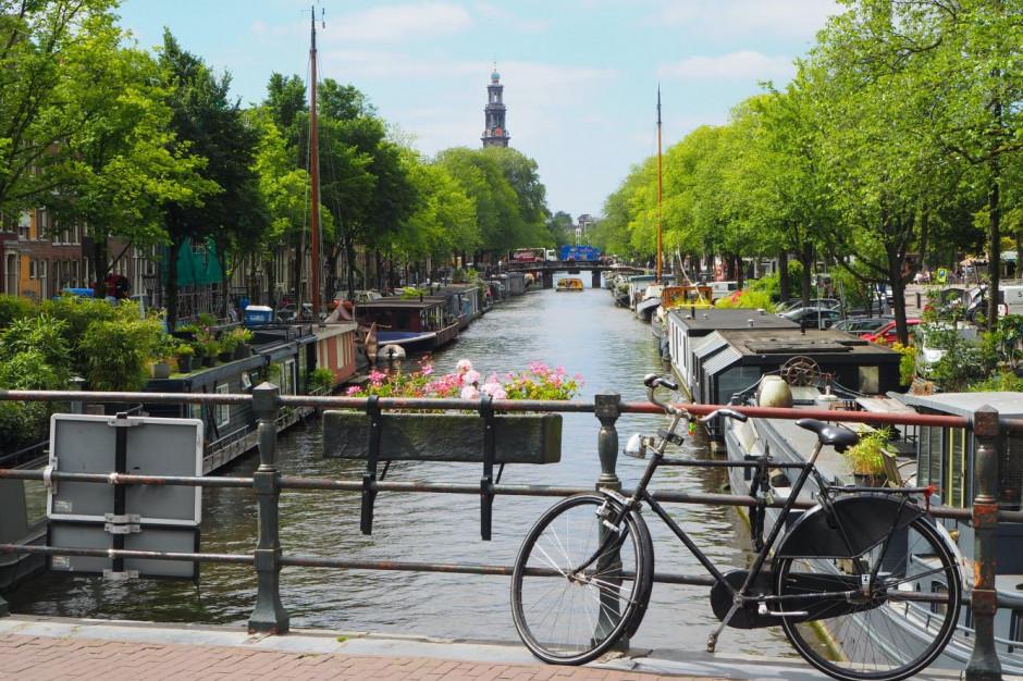 Amsterdam chce przyciągnąć wyższej jakości turystów