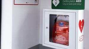 Parki magazynowe Prologis z defibrylatorami