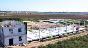 W Dobrzykowicach rośnie nowy zakład produkcyjny