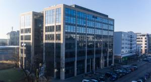BRU Textiles wybiera biurowiec Domaniewska 45 w Warszawie
