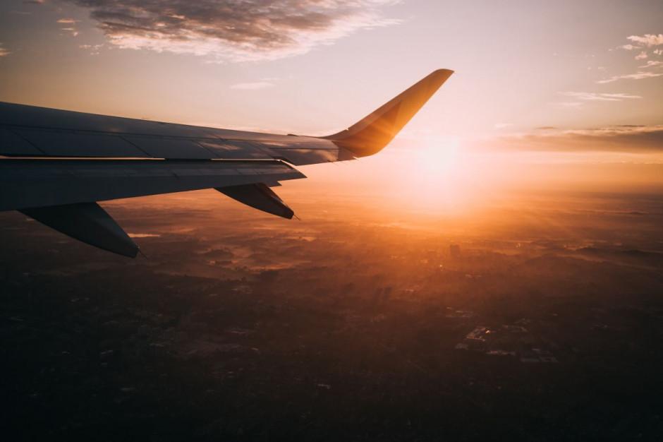 Rośnie ruch turystyczny na lotnisku w Szymanach