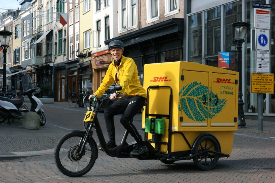 DHL Express powiększa flotę o elektryczne rowery towarowe