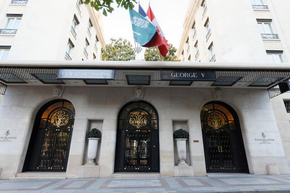 Firma Billa Gatesa przejmie sieć hoteli Four Seasons
