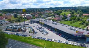 LCP kupuje kolejne parki handlowe