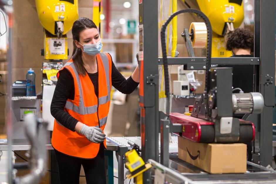 Amazon szykuje się do przedświątecznego szczytu. Planuje zatrudnić tysiące pracowników sezonowych