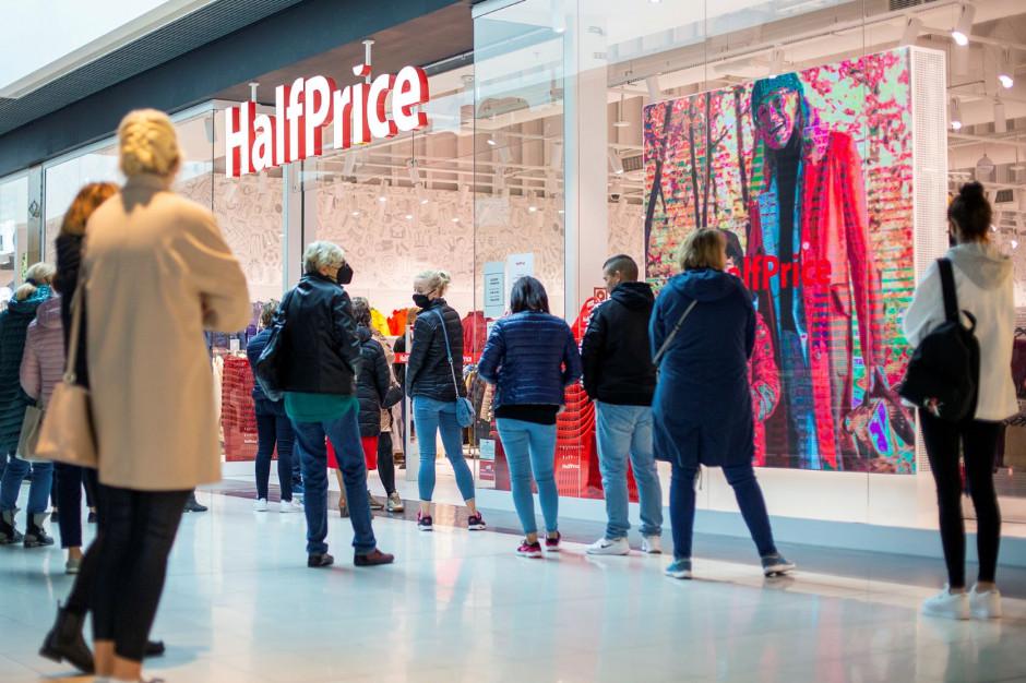 HalfPrice znów otwiera sklep