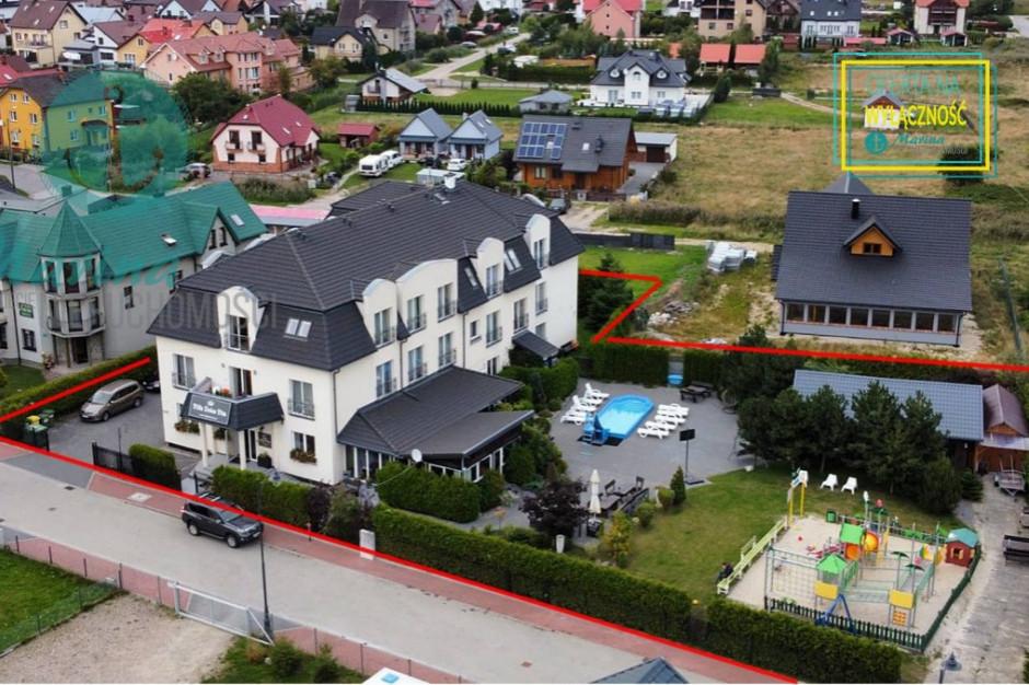 Nadmorski pensjonat z krytym basenem w Łebie na sprzedaż