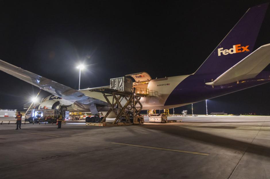 Dobra wiadomość dla klientów z Polski. FedEx zwiększa przepustowość między Europą i Azją