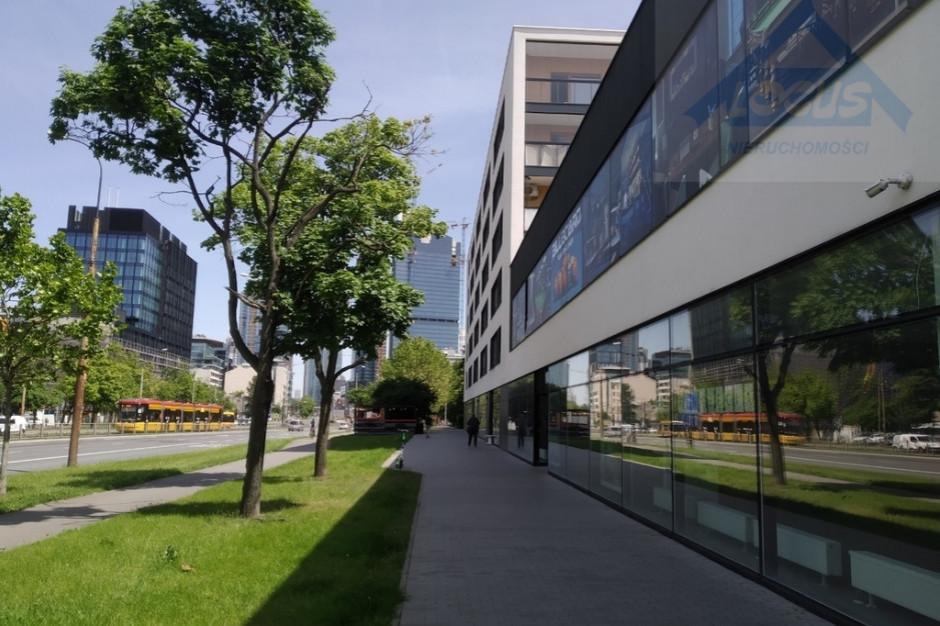 Warszawa: Na sprzedaż pakiet lokali handlowych