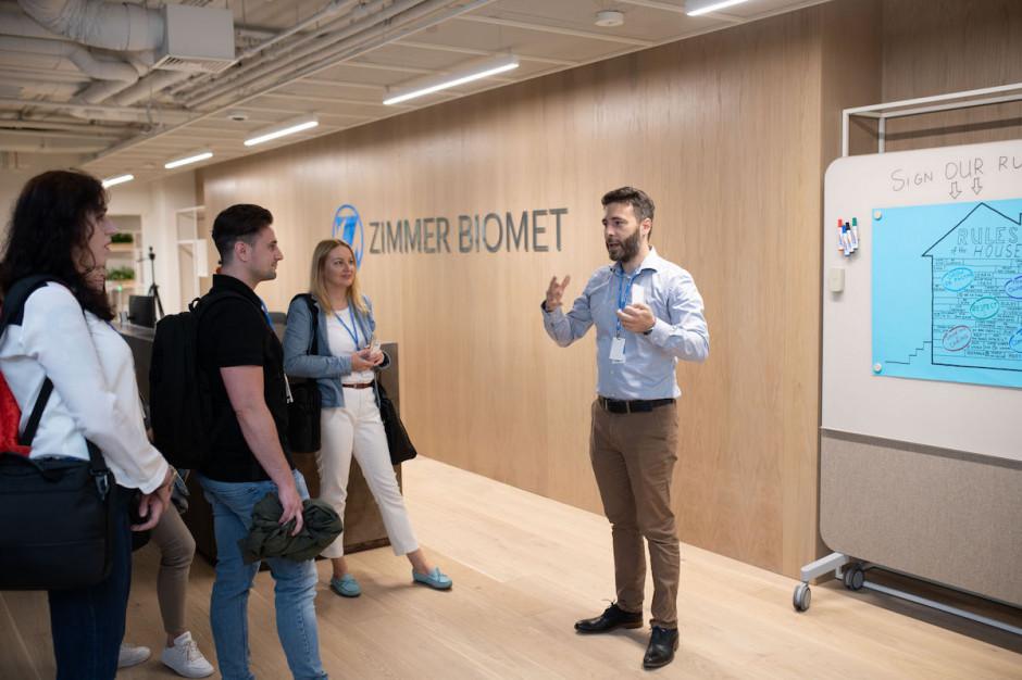 Zimmer Biomet otwiera centrum usług biznesowych w Warszawie