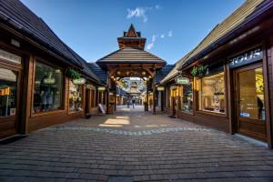 Luksusowa aleja w Zakopanem chwali się nowymi salonami